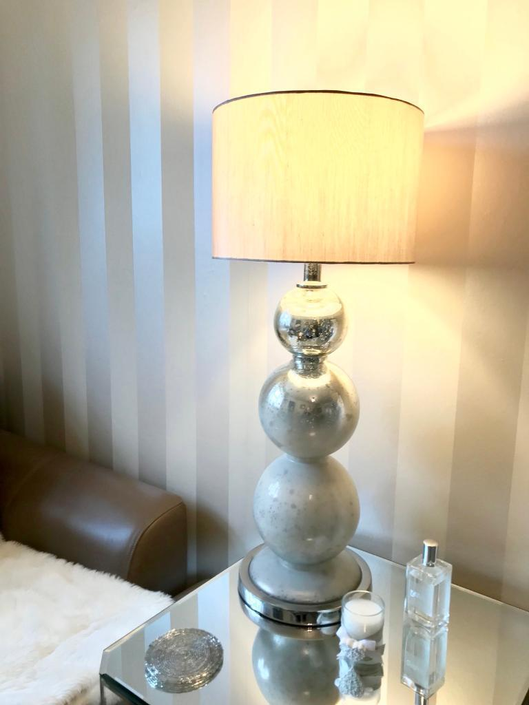 BRAND NEW Designer Coach House Silver / White Glass Bubble Table Lamp