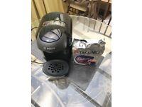 Tassimo Vivy Coffee Machine & Cadbury's Hot Chocolate Pods