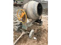 Cement mixer wignet