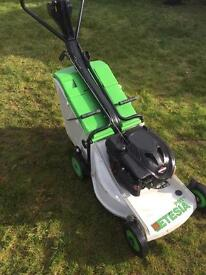 "Etesia PBTS self propelled lawnmower Pro 46 18"" cut lifts wet grass professional mower"