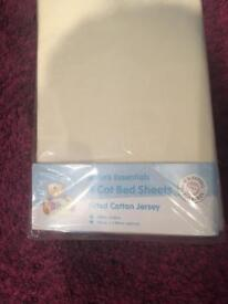 Fitted cot bed sheets for sale (pack of 4)