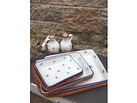 3 piece tray/dish set with small bread basket & oil vinegar set