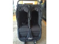 City jogger mini double GT black with accessories