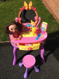 Childrens Dora the Explorer Dressing Table