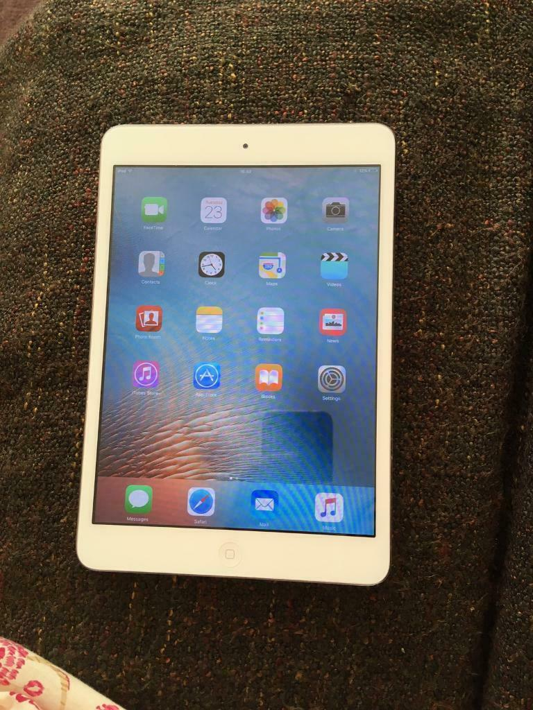 iPad mini 1 silver 16Gb very good condition | in Luton, Bedfordshire |  Gumtree