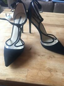 3 Pairs of Heels, Barely Worn, Great Condition. Size 6-7