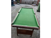 6 foot fold up pool /snooker table