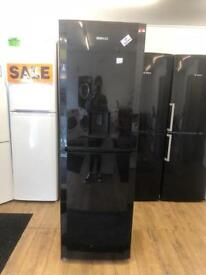 BEKO FROST FREE FRIDGE FREEZER IN WATER DESPENSER IN BLACK