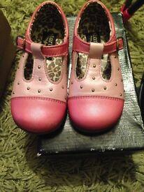 Startrite 5.5g pink that shoes myleene klass range