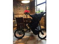 Out n About Nipper Sport V4 jogging pushchair