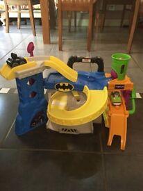 Fisher-Price Little People - Wheelies Batman and Joker Race 'n' Chase Batcave