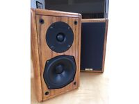 Beautiful, handcrafted, Italian, oak wood speakers