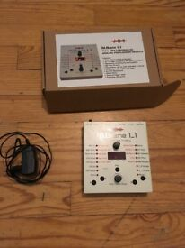Jomox MBrane 11 Analog Percussion Synthesizer in boxe