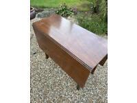 Solid oak GATELEG table ...