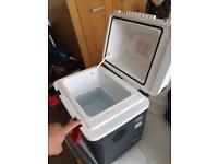 Car/lorry portable fridge