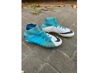 Nike hypervenom white and blue size 3.5