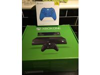 XBOX ONE - 500GB - BOXED - NEW CONTROLLER - GTA V - ROCKET LEAGUE