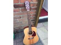 Court guitar