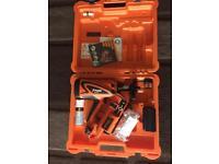 Paslode im360ci + 1 2Ah battery