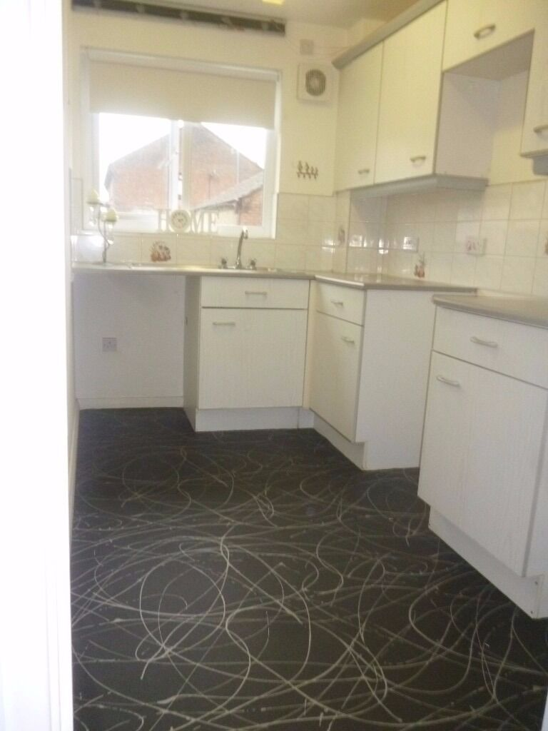 1 BEDROOM GROUND FLOOR FLAT GRAIG NEWYDD, NEAR PONTARDAWE