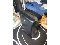Very large IT luggage suitcase