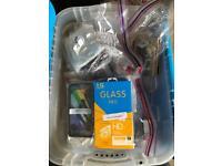 Bundle of Phone cases / screen protectors