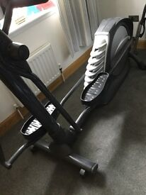 Cross trainer (Smooth Fitness model CE 7.4E)