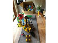 Duplo Lego. Huge box with various sets.