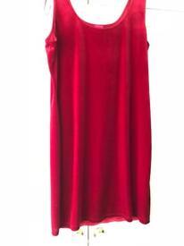 Red velvet style dress sz18