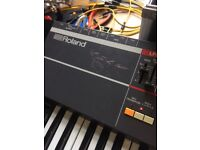 Roland Juno 106 Synth