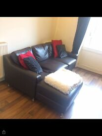 3 bedroom furnished flat to rent in Edinburgh.