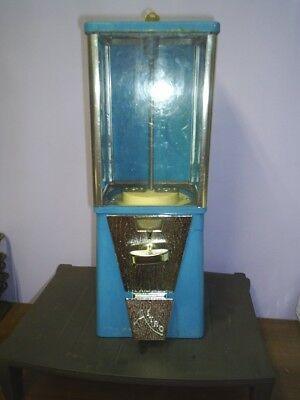 Used OAK Astro Vista 1 inch Gumball machine 25 cent Incl Lock & key USA made