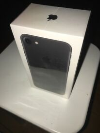 I phone 7 brand new in box 32g on EE !!!