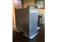 """Apple Mac g5 dual with monitor 21"""", fully loaded with software"""