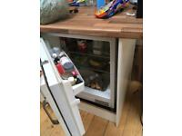 Fridge and freezer integrated good condition only £80