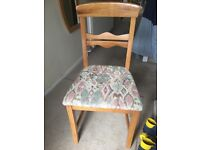 Set of 5 matching chairs - Good Condition