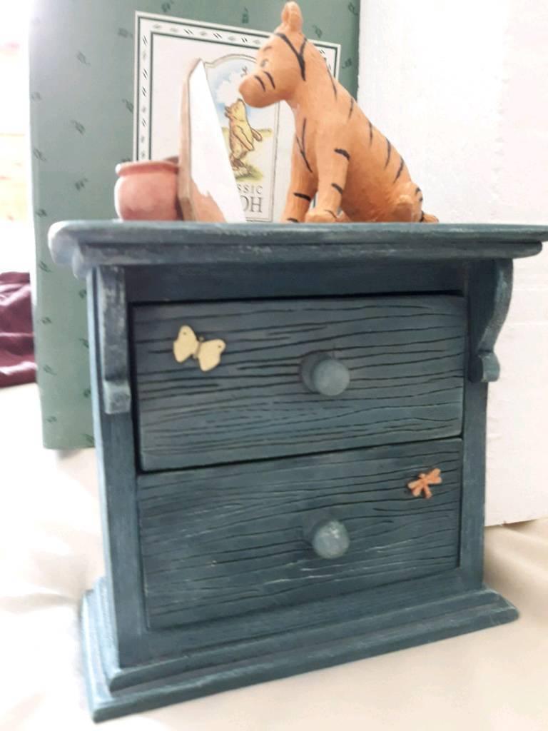 Winnie the Pooh Tiger mini chest of draws