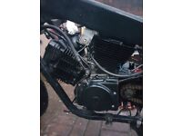 (READ DESCRIPTION) 2014 125cc Hyosung engine with 10,000 miles+Frame (Also spares)