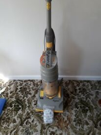 Vacuum Cleaner Dyson DC 01 + attachments spares/repair - motor running i
