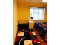 1 bedroom for rent Beavers lane