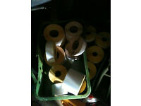 Quantity of rolls of sticky labels