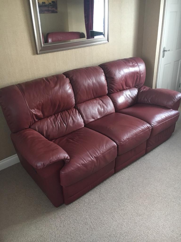 Red Leather 3 Seater Recliner Sofa And 2 X Power Recliner Chairs  ~ Red Leather Power Reclining Sofa