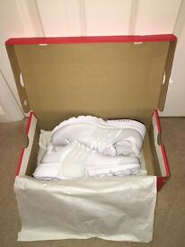 Men's Nike Air Presto Trainers - White UK 9