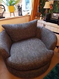 Sofology swival chair