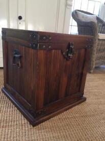 Beautiful Sheesham Wood Indian Wood Chest Trunk Storage Box