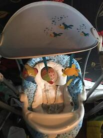 Swinging baby chair