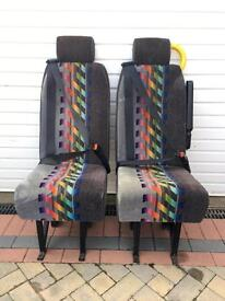 2 Coach seats