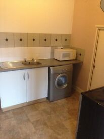 1 LARGE BEDROOM FLAT FOR RENT IN CANTON