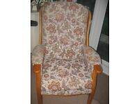 ARMCHAIR VERY CONFORTABLE ONLY £40