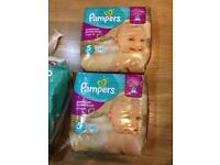 130 Pampers nappies size 5